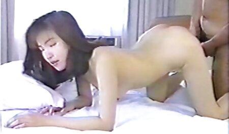 दो मिनट में, भाषा के सेक्सी वीडियो फुल मूवी एचडी कवि