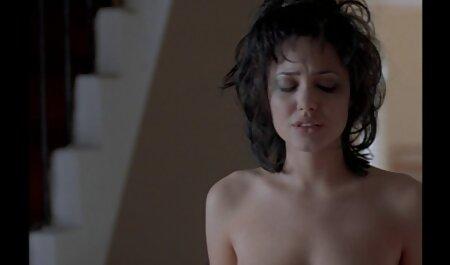 एक समुद्र तट पर सेक्सी वीडियो एचडी हिंदी फुल मूवी अपने आप को खोजने के लिए, शोकाकुल