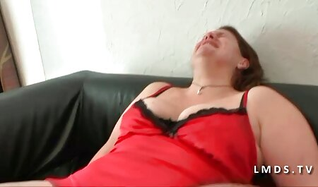कमरे में फूहड़ सेक्सी फुल मूवी एचडी में