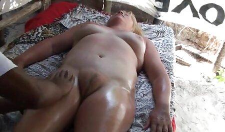 एक साथ एक सेक्सी बीएफ वीडियो फुल मूवी जवान आदमी के साथ साक्षात्कार अंत