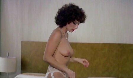 सुंदर लड़की, वर्जिन नष्ट सेक्सी मूवी हिंदी में वीडियो करने के लिए तैयार