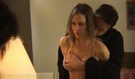 परिपक्व युगल ब्लू फिल्म फुल सेक्सी वीडियो में अश्लील चैट