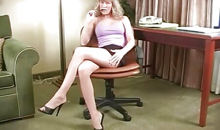 उन्माद एक स्वच्छ फुल सेक्सी एचडी वीडियो फिल्म शरीर को पकड़ो
