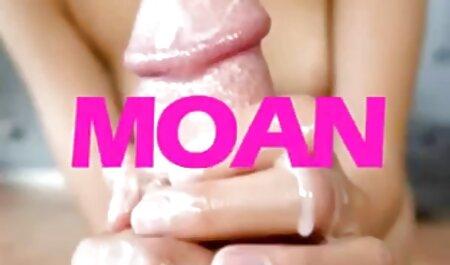 लाल पैंट में छेद के हिंदी में सेक्सी वीडियो फुल मूवी माध्यम से चला जाता है