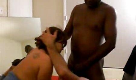 मालिक एक सेक्सी ब्लू पिक्चर फुल मूवी एचडी सॉना में युवा शूटिंग गोली मार