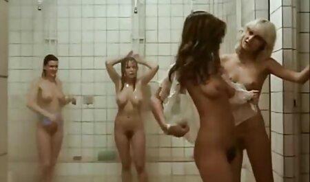 रूसी नग्न शरीर के फुल एचडी सेक्स फिल्म साथ खेल
