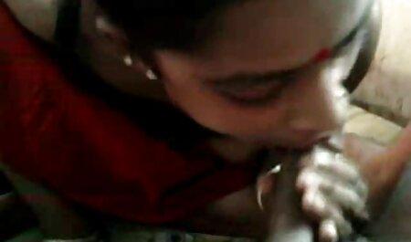 ब्लेड लैपटॉप दे और उसे कमबख्त शुरू करने के लिए एक लड़की के सेक्सी हिंदी एचडी मूवी लिए मजबूर