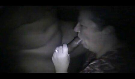 रूस से नीली आंखों गोरा उसकी टोपी से पता चलता सेक्स पिक्चर फुल मूवी है