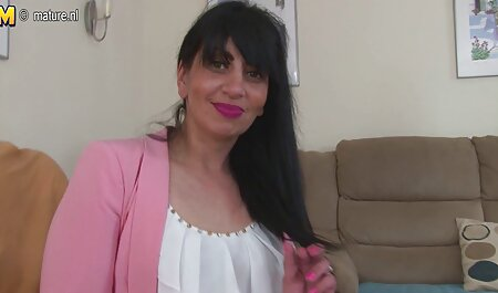 खूबसूरत सुनहरे बालों वाली उसे बाहर अभिनय के पीछे छोड़ देता है सेक्सी फिल्म वीडियो फुल एचडी