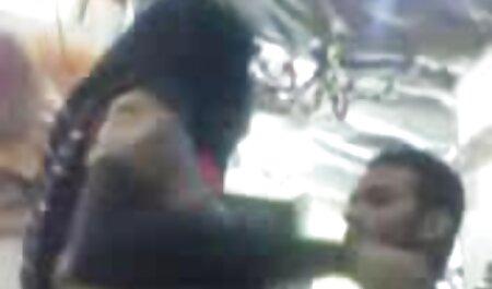 दो बच्चों एंडोस्कोप फुल हिंदी सेक्सी मूवी कैमरे के सामने नृत्य