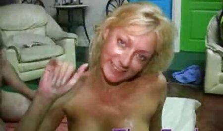 सेक्सी नीचे पहनने के कपड़ा में सेक्सी वीडियो मूवी हिंदी में सुंदर